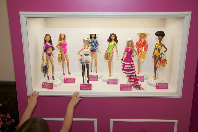 Barbie Basics Praia, Shoe Obsession Barbie e Pantone Barbie, Iguatemi Rio, abril 2012